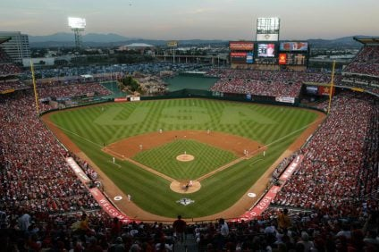 Should You Go to a Dodgers or an Angels Game? Los Angeles MLB Games Compared