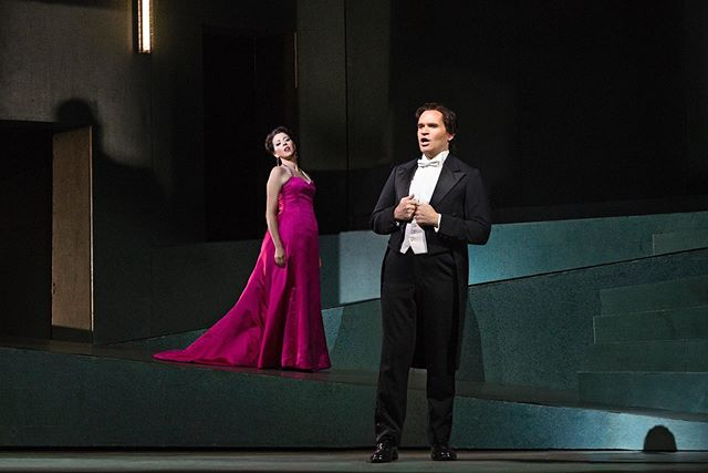 All About Going to the Opera in NYC - Shop Cheap Metropolitan Opera Tickets!